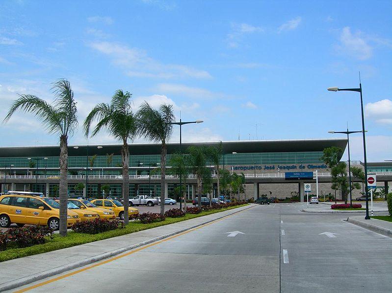 Jose Joaquin de Olmedo airport