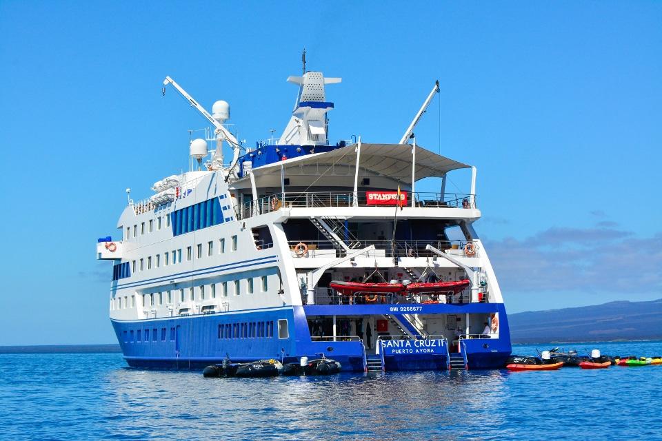 Stanford University aboard Santa Cruz II Galapagos Cruise