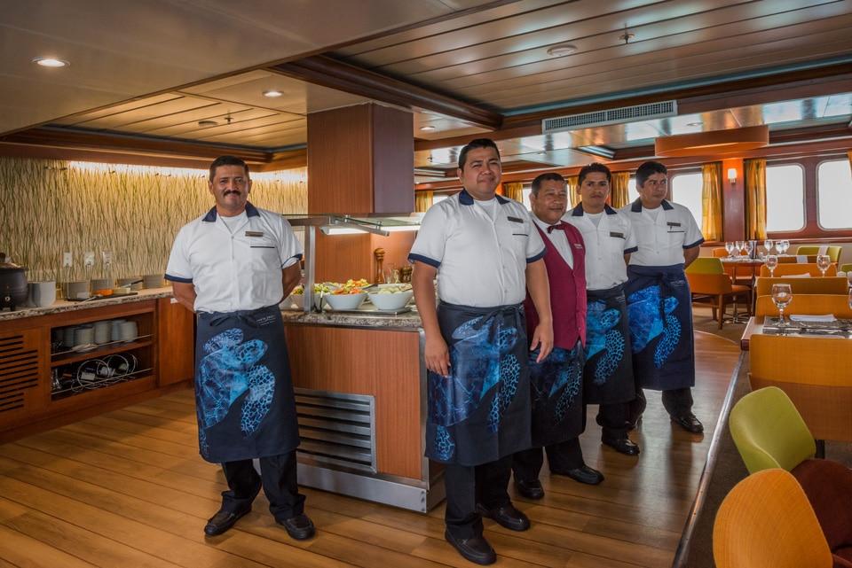Santa Cruz II Cruise's gatronomic team