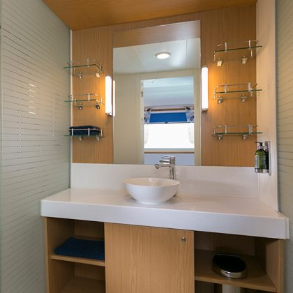Impeccable bathroom aboard Santa Cruz II Galapagos
