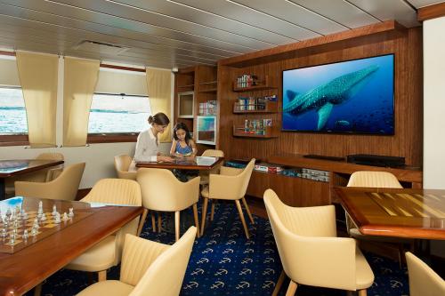 Discovery room aboard Santa Cruz II